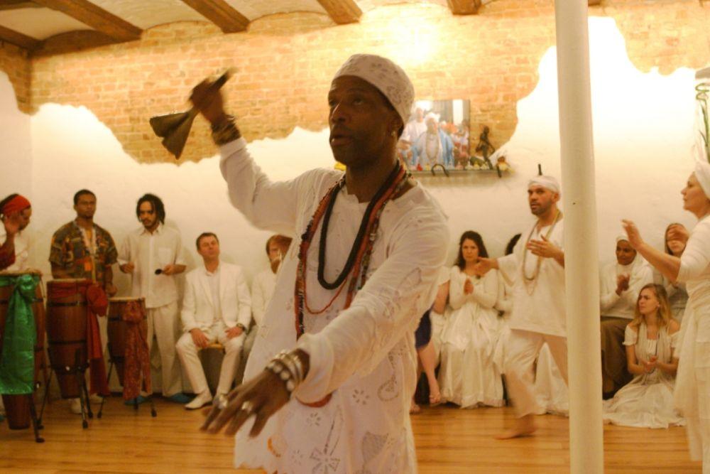 Baba Murah tanzt für die Orixas, © Fernando Miceli